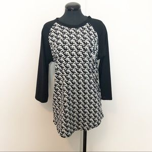 LulaRoe Randy Black and White Top